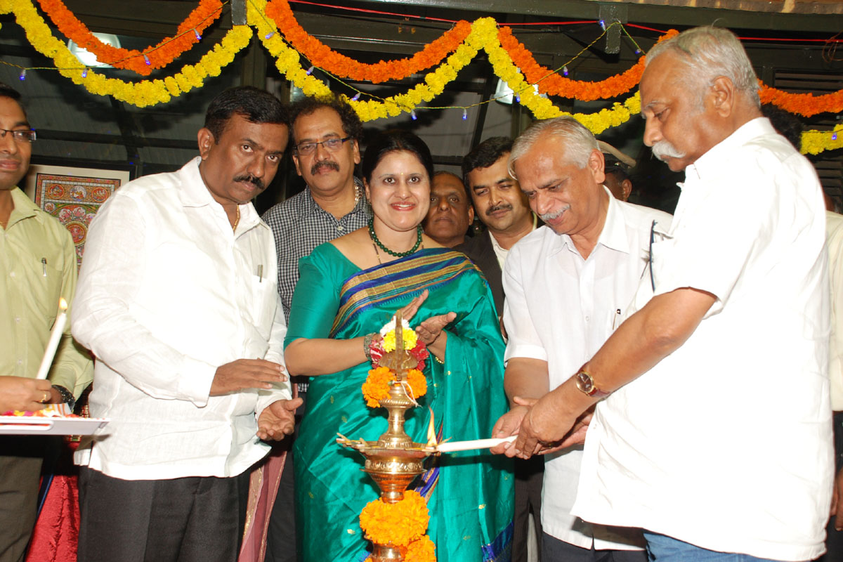 Interaction with Cauvery Crafts Master Craftsmen