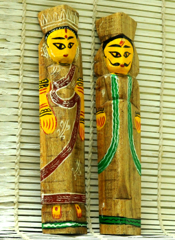 Painted wood,Indiacraft,Burdwan Wooden Dolls - Set of 2