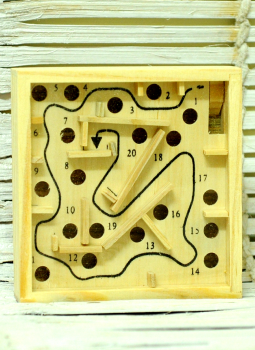 Childrens Toys,Indiacraft,Channapatna wooden toys - Maze puzzle