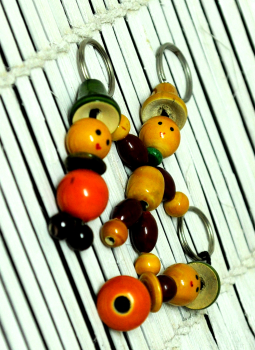 Childrens Toys,Indiacraft,Channapatna wooden toys- Set of 3 Keychains