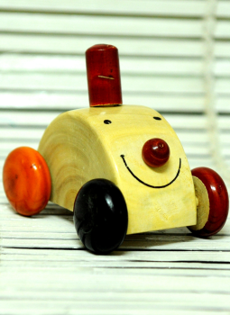 Childrens Toys,Indiacraft,Channapatna wooden toys- Small car