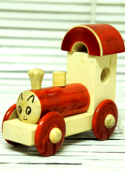 Childrens Toys,Indiacraft,Channapatna wooden toys- Small engine Red