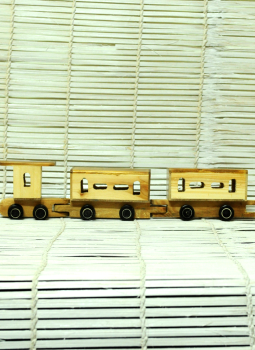 Childrens Toys,Indiacraft,Channapatna wooden toys- small train