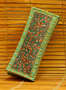 Brocade clutch bag,Indiacraft,Pure silk fine embroidered small clutch bag with dabka be...