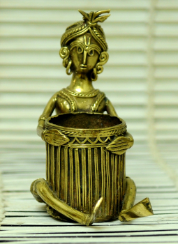 Dhokra Metal Casting Art,Indiacraft,Dhokra Craft pen Stand - Woman
