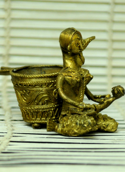 Dhokra Metal Casting Art,Indiacraft,Dhokra Craft Pen Stand - Woman with Baby