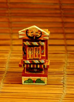 """Kavad Art,Indiacraft,Small Kaavad- Painted wood portable shrine (H-4.5"""" x W-2""""..."""