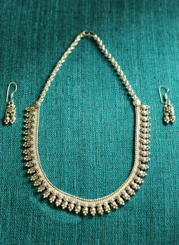 Jewellery,Indiacraft,Silver Finish Traditional Necklace with Ear Ring