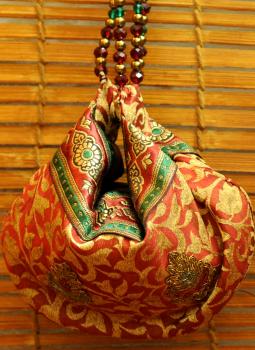 Benarasi potli  bag,Indiacraft,Benarasi potli bag with bead strings - Deep red   JEPBSH
