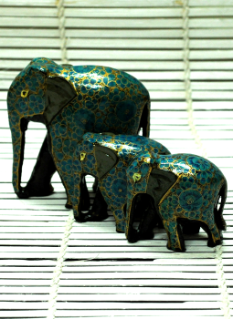Papier Mache design on wood,Indiacraft,Kashmiri Art -  Papier  Mache Elephant Set Blue & Gold
