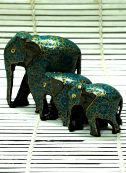 Papier Mache design on wood,Indiacraft,Kashmiri Art -  Papier  Mache Elephant Set Blue & Gold
