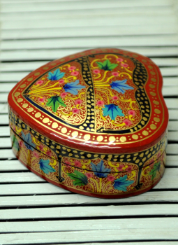Papier Mache design on wood,Indiacraft,Kashmiri Art - Papier Mache Heart Box Multicoloured