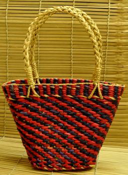 Bhadohi woven baskets,Indiacraft,Kouna Craft Basket -Blue & Red