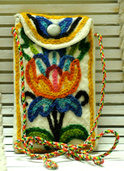 Kutch Embroidered Handbags,Indiacraft,Kashmiri Crewel Work Mobile Pouch