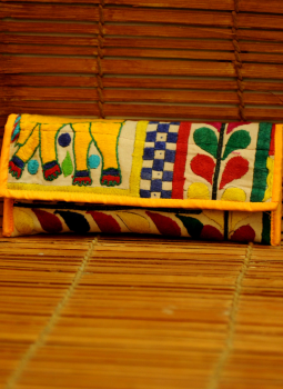 Kutch Embroidered Handbags,Indiacraft,Kutch embroidered Clutch Bag - multicolored   KECBME