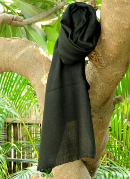 Warm Stoles & Mufflers,Indiacraft,Fine, Soft kashmiri Wool Muffler - Plain Black