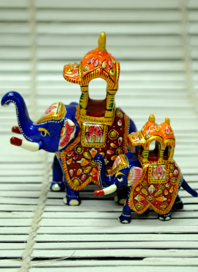Brass Metal Art,Indiacraft,Meenakari Art on Ambavari - Set of Elephants