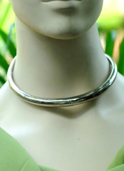 Jewellery,Indiacraft,Metal Alloy Hasli Neckpiece