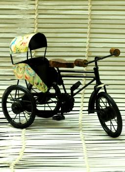 Brass Metal Art,Indiacraft,Metal Craft  Curio-Cycle Rikshaw