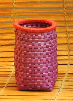Palm leaf basketry -Tamil Nadu,Indiacraft,Palm Leaf  Pen Stand Purple & Red  PLPSA