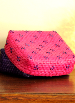 Palm leaf basketry -Tamil Nadu,Indiacraft,Palm Leaf  Utility Baskets -  Pink & Blue  PLUBB