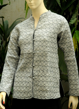 Sarees,Indiacraft,Reversible cotton quilted jacket -  Short -Black & White ...