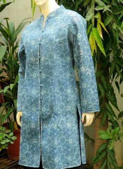 Sarees,Indiacraft,Reversible cotton quilted jacket - Long - Indigo printed ...