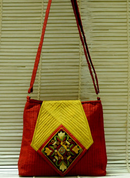Kutch Embroidered Handbags,Indiacraft,Raw Silk Handbags With The Finest Kutch Embroidery - Diam...