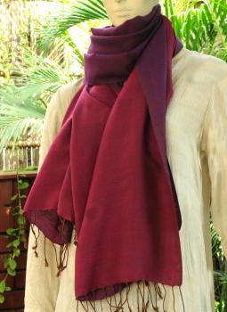 Warm Stoles & Mufflers,Indiacraft,Reversible Soft kashmiri Wool Stole - Purple &  Dark Mulb...