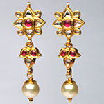 Kundan Earrings,Mangatrai,13.300gms Kundan Earrings in 22kt. Gold