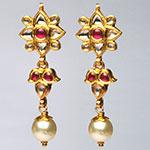 Kundan Earrings,Mangatrai,13.300gms Kundan Earrings in 22kt. Gold