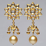 Kundan Earrings,Mangatrai,19.850gms Kundan Earrings in 22kt. Gold