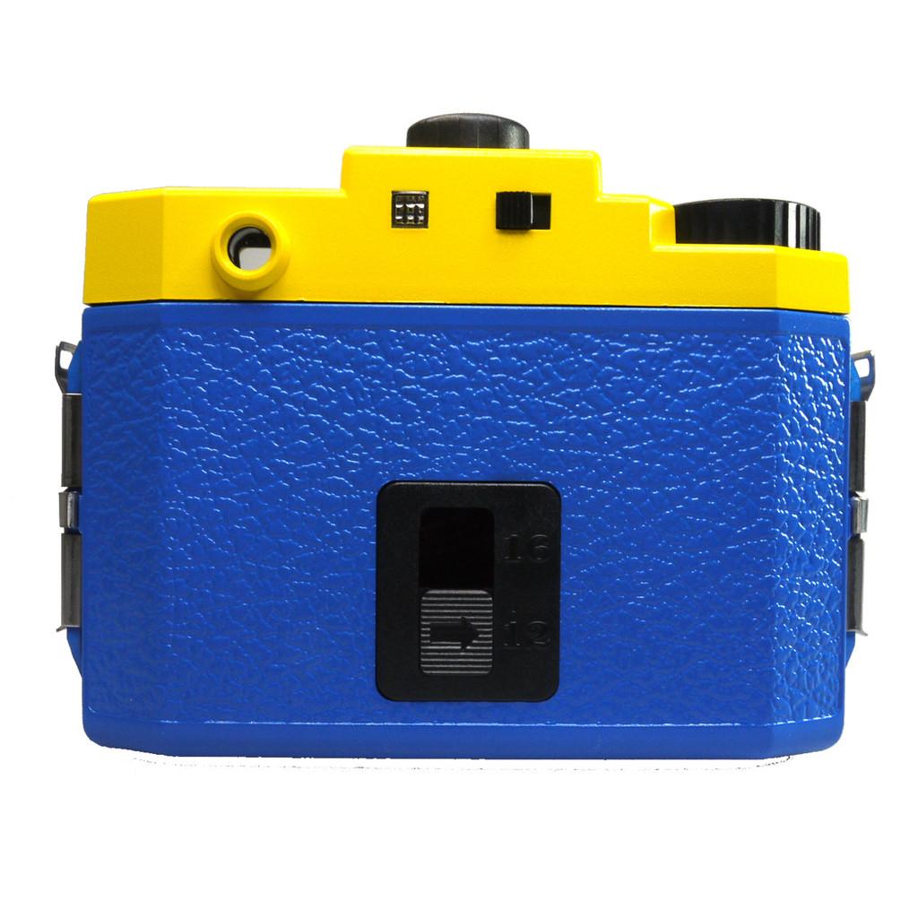 holga 120 gcfn glass lens camera with color flash special edition