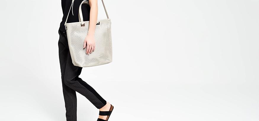 footwear-online-shopping-planeteves