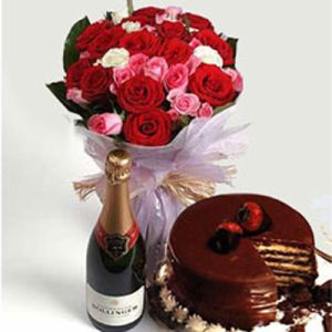Mix Roses Bunch 1 2kg Chocolate Cake N Wine To India Online