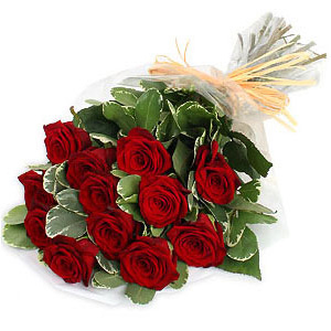 Gifts To Mohali Online Birthday Cakes Flower Bouquet Delivery - Birthday cake n flowers